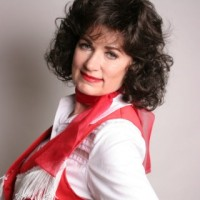 Margo Anderson - Patsy Cline Impersonator in ,
