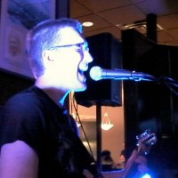 Matt Mayfield Music - Singing Guitarist in St Paul, Minnesota