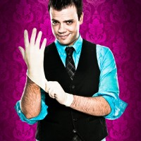Michael Barron: Dangerously Cool Magic - Trade Show Magician in St Louis, Missouri