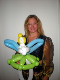 Michele Peterson, Balloon Artist and Face Painter