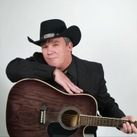 Mike Bryant - Country Singer in Clarksville, Tennessee