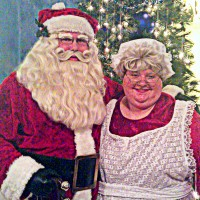 Mr. and Mrs. St. Nick - Santa Claus in Paradise, Nevada