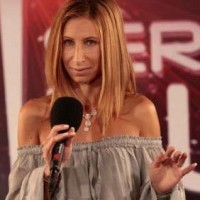 Néa Streisand - Pop Singer in Garland, Texas