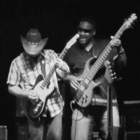 Narrow Gauge - Guitarist in Alamogordo, New Mexico