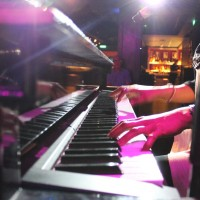 New York, NY Dueling Pianos - Pianist in Roanoke Rapids, North Carolina