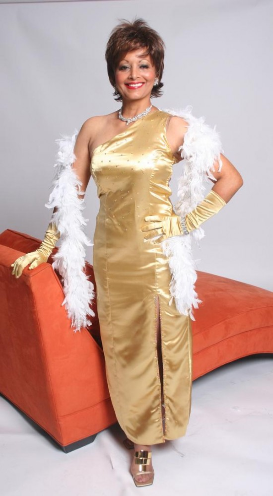 NyAnn as Shirley Bassey 02