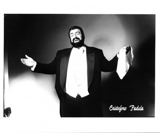 AS PAVAROTTI