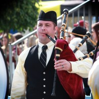 Orange County Bagpiper - Bagpiper in Huntington Beach, California