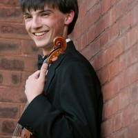 Owen Lenz - Strolling Violinist in Burlington, Vermont