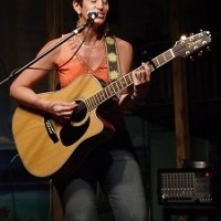 Patti DeRosa - Singer/Songwriter in Manchester, New Hampshire