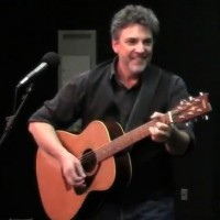Peter Donalds - Singing Guitarist in Milwaukee, Wisconsin