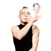 Peter Peculiar - Juggler in Chesterfield, Missouri
