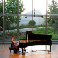 Pianist Sharon Rose - Classical Pianist in Riverside, Illinois