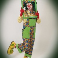Pickles the Clown - Balloon Twister in Red Wing, Minnesota