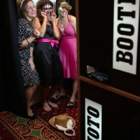Pop Photo Booth - Photo Booths / Photographer in Miami, Florida