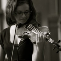 Professional and Elegant Classical Music - Violinist in Naperville, Illinois