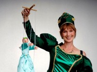 Queen Emeralda - Children's Party Magician in Huntsville, Alabama