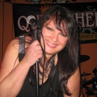 Queen Helene - Singing Pianist in Reading, Pennsylvania