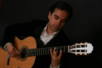 V. Ravner Salinas - Viola Player in Austin, Texas