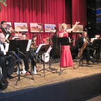 Red Satin - Big Band in Gaspe, Quebec