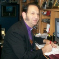 Rev. Johnny Erato (English, Spanish and Bilingual) - Wedding Officiant in Newark, New Jersey