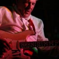 Ron Thompson - Guitarist in Redding, California
