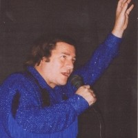 Neil Diamond Tribute Show - Neil Diamond Impersonator / Karaoke Singer in Nashua, New Hampshire