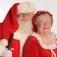 Santa David and Mrs C - Santa Claus in Lewiston, Maine