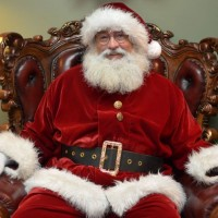 Santa's Christmas Den - Costumed Character in Spokane, Washington