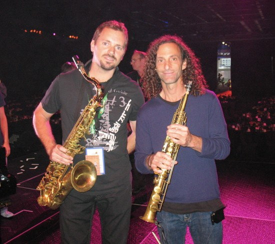 After performing with Kenny G, at the Gloria Estefan Tribute, Latin Grammy, 11-12-08