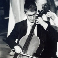Snapp Cello - Viola Player in Louisville, Kentucky