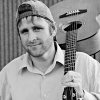 Solo guitarist/ country singer - Singing Guitarist in Nederland, Texas