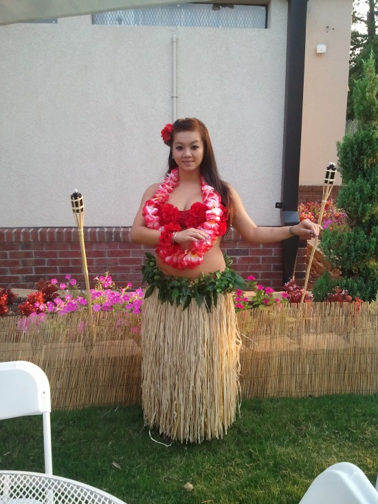 Hula Dancers