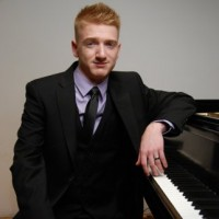 Stephen Pikarsky - Classical Pianist in Liverpool, New York