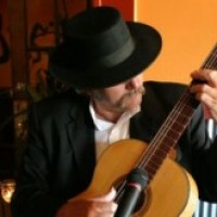 Gabie McGarrah - Classical Guitarist / One Man Band in St Louis, Missouri