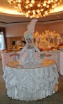 Strolling Table Marie Antoinette