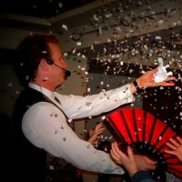 John Abrams - The Christmas Entertainer - Corporate Magician in Huntington Beach, California