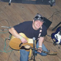 The Gem-Chromatic (Josh Chromiak) - Singing Guitarist in Wind Gap, Pennsylvania