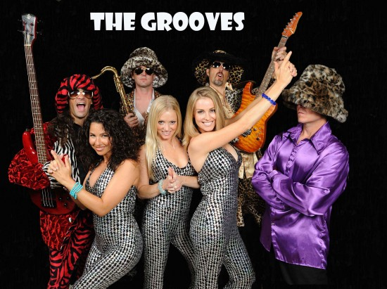 The Grooves Show band