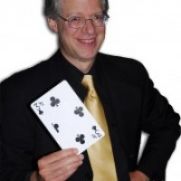The Magic of Bruce Hetzler - Strolling/Close-up Magician in Waterloo, Iowa
