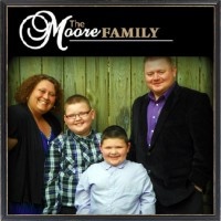 The Moore Family - Gospel Singer in Huntington, West Virginia