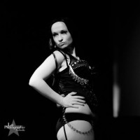 The Violet Vixxxen - Burlesque Entertainment in Cape Girardeau, Missouri