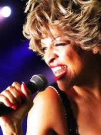 Tina Turner Impersonator