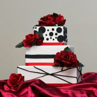 Top Tier Delights - Cake Decorator in Apple Valley, Minnesota