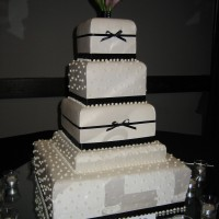 Top Tier Wedding Cakes - Wedding Cake Designer in Medford, Oregon