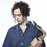 Tyler Sussman - World Music in Dolbeau-Mistassini, Quebec