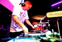 Video DJ Amos Smith
