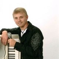 Vocal Expressions - Keyboard Player in Bettendorf, Iowa