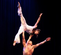 Zoë Klein & Nicolas Jelmoni - Acrobat in Fairfield, California