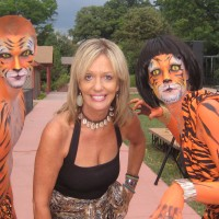 Zoo Lady and her Zoo Crew - Face Painter in Peoria, Illinois